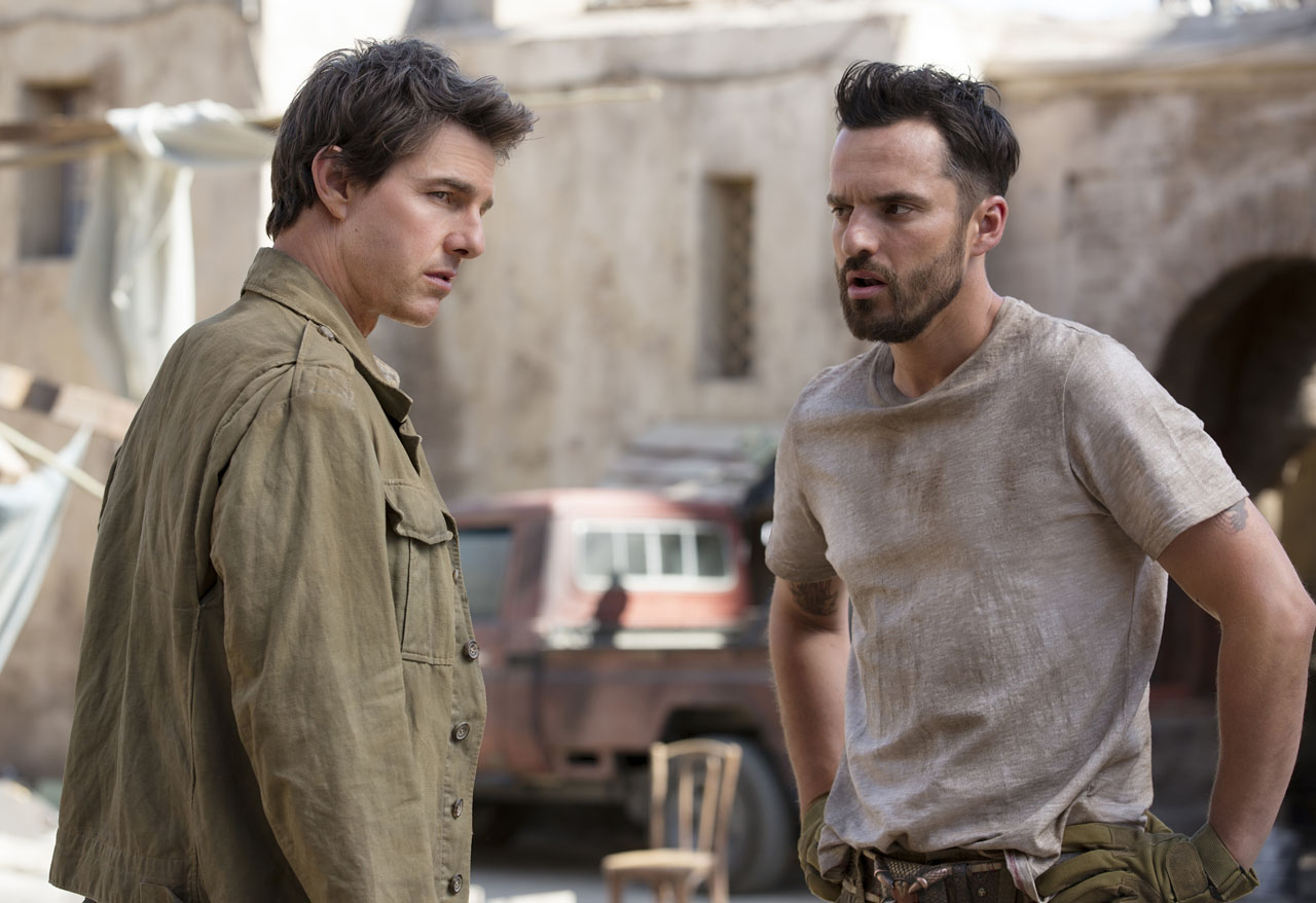Jake Johnson and Tom Cruise in The Mummy